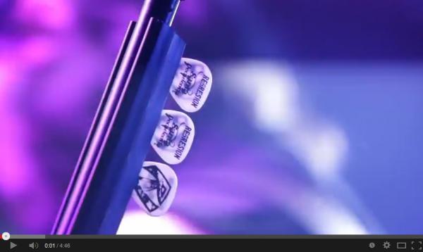 FireShot Screen Capture #015 - 'REGRESION-Estrella del Rock Videoclip oficial_ 2014 - YouTube' - www_youtube_com_watch_v=HW-Mb9YJigQ&feature=youtu_be